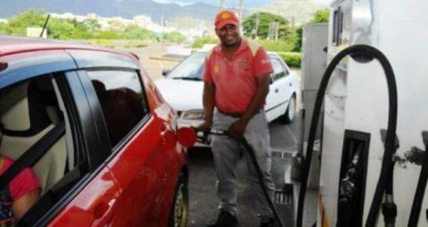 Prix à la pompe bon 600x319 - Augmentation des prix du carburant: une décision difficile mais inévitable!