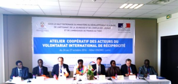 France volontaires2 600x283 - France Volontaires veut généraliser le volontariat international de réciprocité