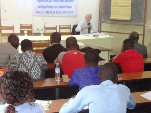 ONG APEL Afrique 493x370 - Université francophone : « APEL- Afrique » renforce les capacités de jeunes entrepreneurs togolais