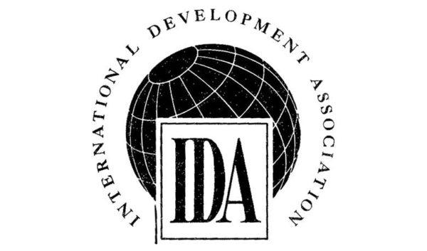 IDA logo 1423493772 600x353 - La communauté mondiale s'engage à apporter la somme record de 75 milliards de dollars pour mettre fin à l'extrême pauvreté