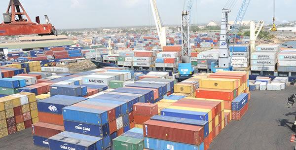 Port Autonome de Lomé 600x304 - Togo, la marche irréversible vers le progrès