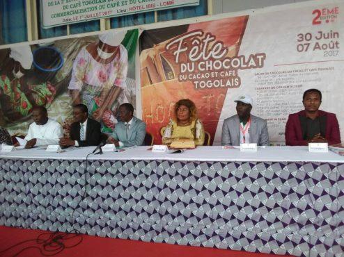 Fête du chocolat 494x370 - Fête du chocolat, du cacao et du café togolais : la 2è édition bat son plein