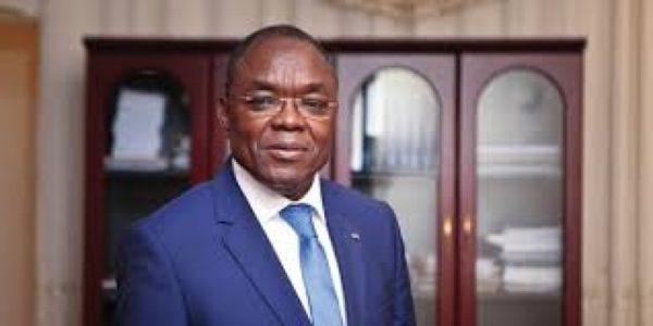 Payadowa Boukpessi 600x300 - Togo: bars et lieux de culte autorisés à rouvrir mais…