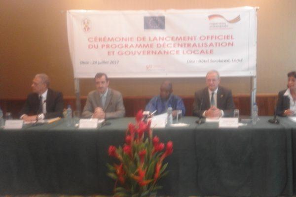 Programme décentralisation et gouvernance locale 600x400 - Le Togo lance le programme  ''décentralisation et  gouvernance locale '' appuyé par l'UE et l'Allemagne