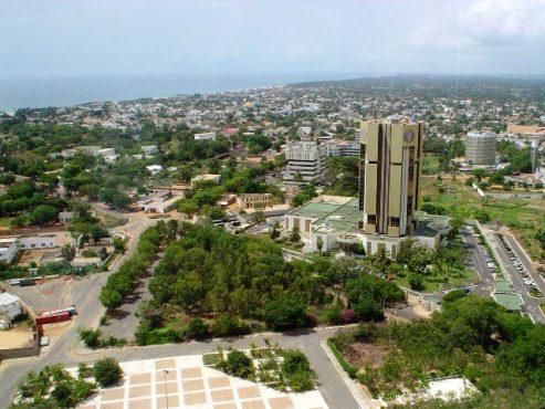 Lomé bon 493x370 - Togo: l'Etat va plafonner les coûts de loyer et du bail