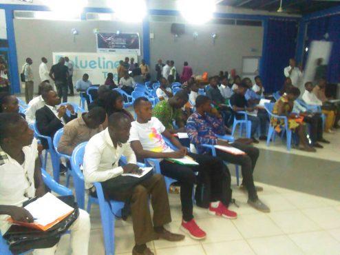 formation FAIEJ startup 494x370 - Le concept ''startup weekend'' au cœur d'une rencontre de jeunes à Lomé