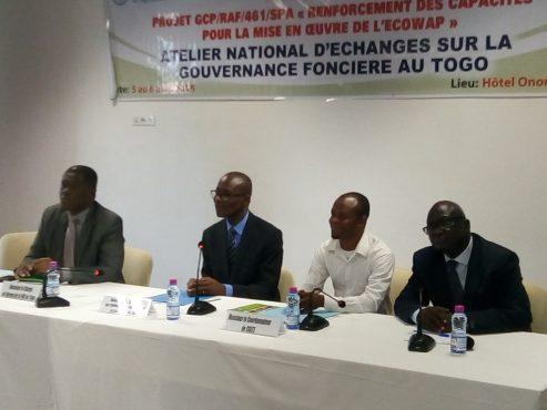 IMG 20180405 094321 493x370 - La gouvernance foncière au centre d'un atelier national à Lomé