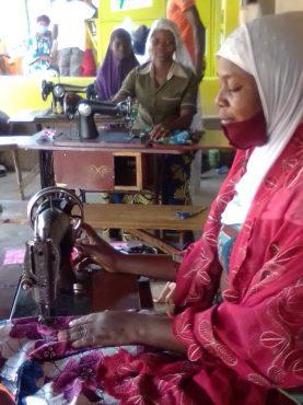 IMG 20201119 WA0105 277x370 - Tchagodomou Rafatou: heureuse patronne d'atelier grâce au PDC-ZU