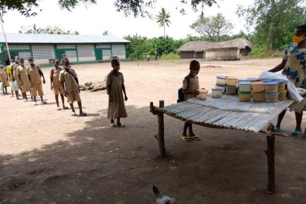 cantines scolaires maritime 600x400 - Togo/Maritime: les cantines scolaires ont repris du service