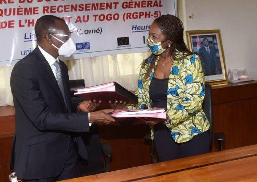 signature projet RGPH5 522x370 - Le Togo prépare son 5è recensement général de la population et de l'habitat