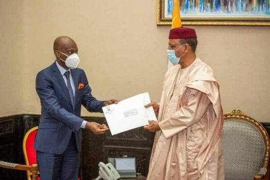 Dussey Bazoum 1 555x370 - Coopération bilatérale: Lomé et Niamey veulent raffermir leurs liens
