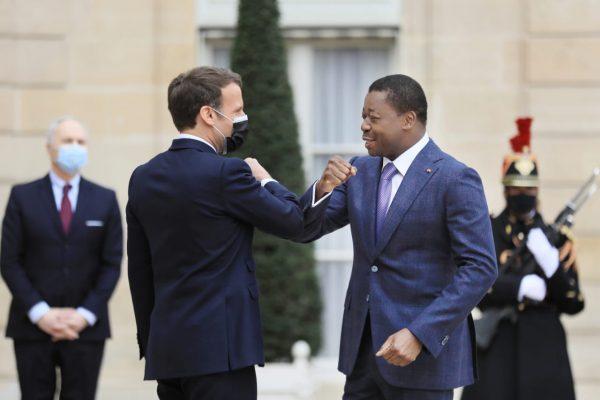 Gnassingbe Macron 600x400 - France-Togo: Macron et Gnassingbé s'engagent pour un bilatéralisme économiquement plus ambitieux