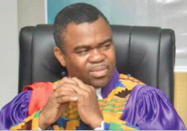 Prof Ihou Wateba - Togo: UPT et CEPES ensemble pour l'excellence de l'enseignement supérieur et la promotion académiques des enseignants