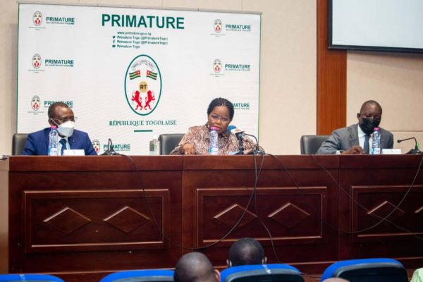 Atelier hauts cadres administration 600x400 - Togo: les hauts cadres de l'administration planchent sur la feuille de route gouvernementale