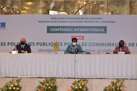Conf.inter . Dev. base 559x370 - Togo/ Développement à la base: de nouvelles stratégies explorées avec des partenaires internationaux