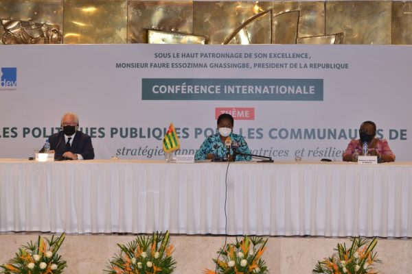 Conf.inter . Dev. base 600x400 - Togo/ Développement à la base: de nouvelles stratégies explorées avec des partenaires internationaux