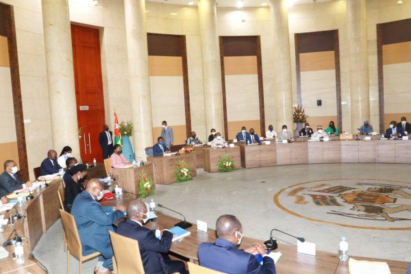 Conseim des ministres du mercredi 25 aout 2021 600x400 - Communiqué du Conseil des Ministres du mercredi 25 août 2021