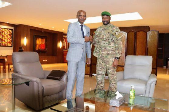 Dussey Goita 6 septembre 2021 557x370 - Diplomatie: à Bamako, le Prof. DUSSEY encourage le Colonel GOITA à intensifier la mise en œuvre des réformes préconisées par la CEDEAO