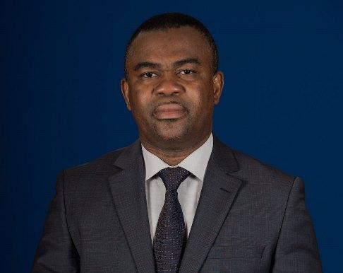 Prof Ihou Wateba - Diplomatie universitaire francophone: le Prof Majesté Ihou WATEBA aux assises de Bucarest