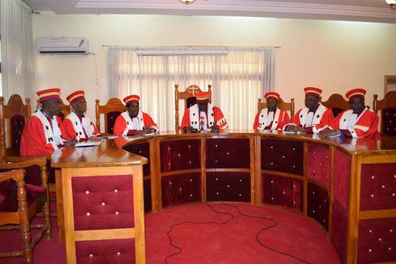 Cour const. 555x370 - Togo/ Pass vaccinal :  la Cour constitutionnelle conforte le gouvernement